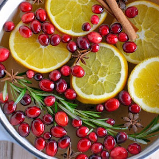 Stovetop Holiday Potpourri