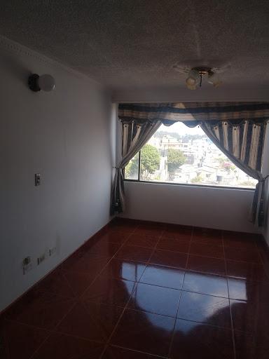 Apartamento en Arriendo - Bogota, Techo 642-4529