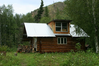 Photo: Yukon River. Smith Cabin
