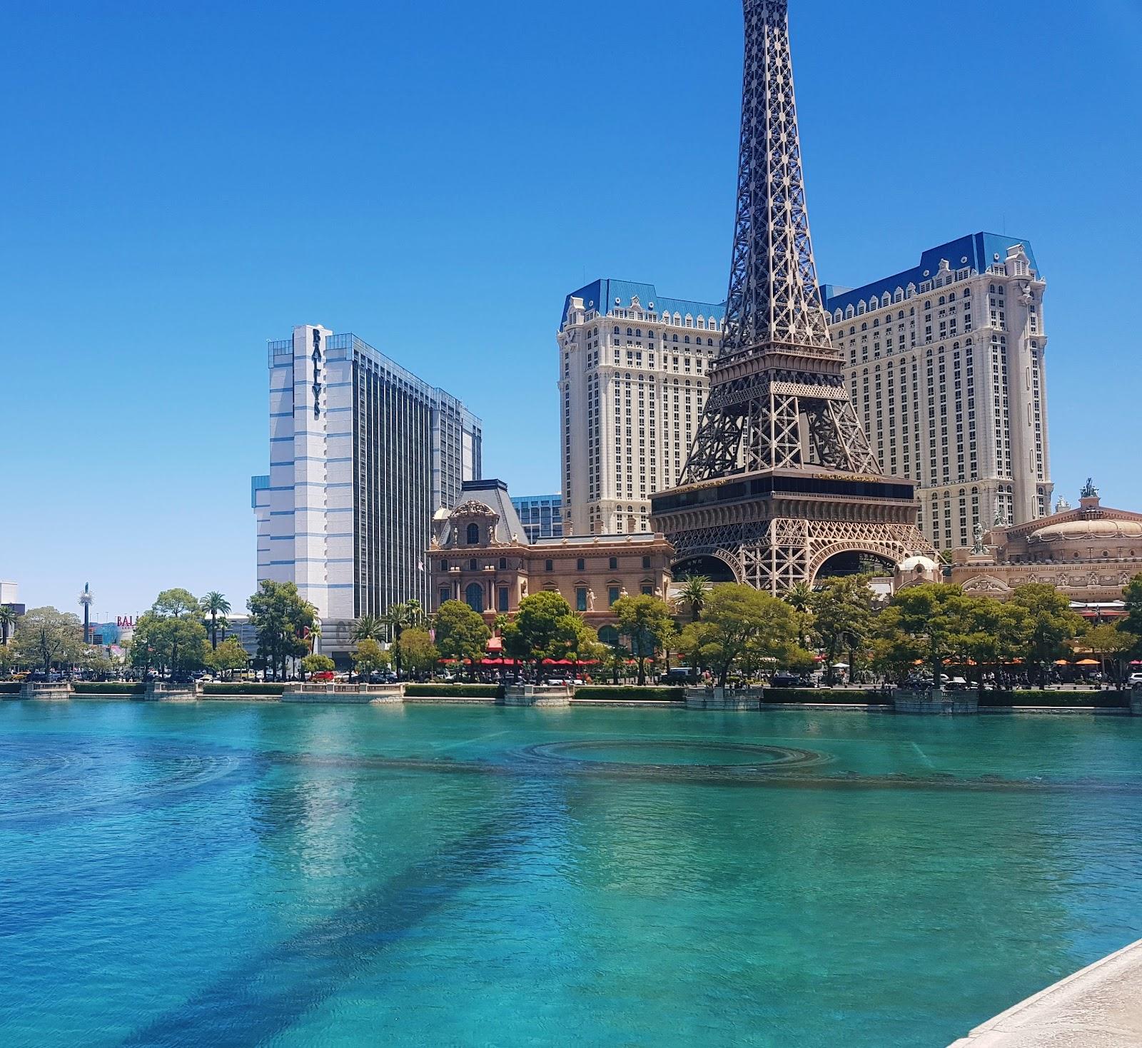 מלון בלאגיו לאס וגאס מה הכי שווה לעשות לראות לאכול המלצות לעיר החטאים ארצות הברית אמריקה