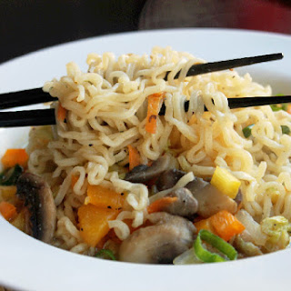 21 Day Detox with a Quick and Easy Vegetable Ramen Noodle Soup.