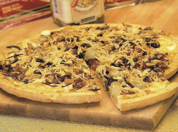 Smokey Three Cheese White Pizza Recipe