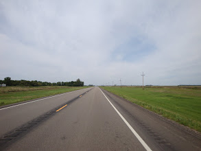 Photo: this could be 30 miles of straight road. The longest is more than 120 miles straight.