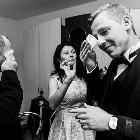 Wedding photographer Breniuc Radu (Raduu). Photo of 23.12.2017