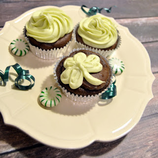 Chocolate Avocado Cupcakes with Avocado Buttercream Frosting