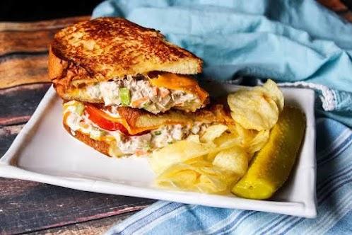 King's Hawaiian Tuna Melt Supreme