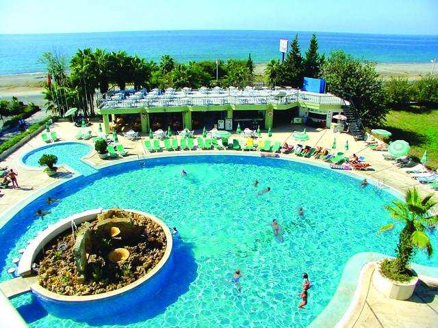 Photo: Pool at the Sunshine Hotel