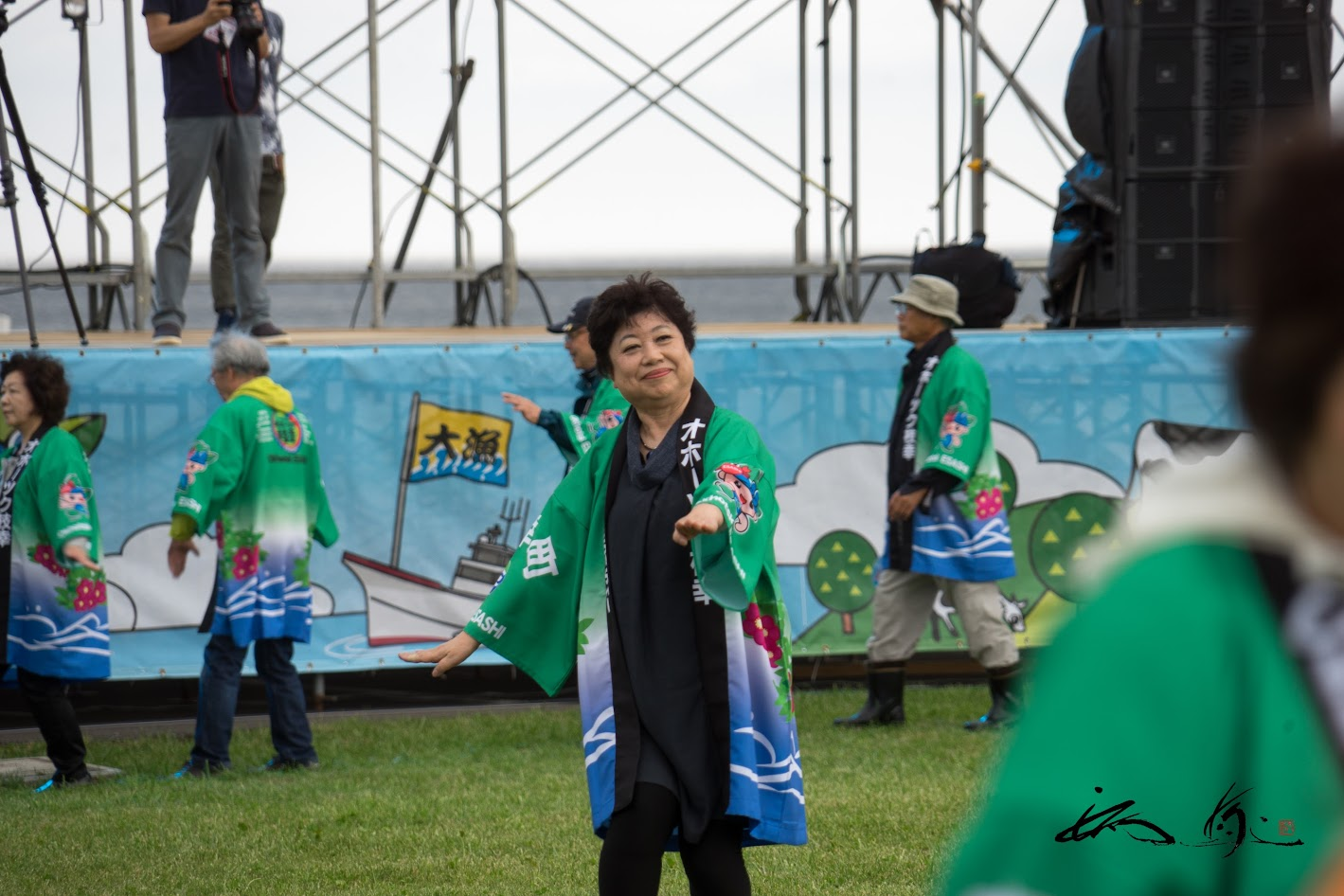 種田礼子さんの踊り指導