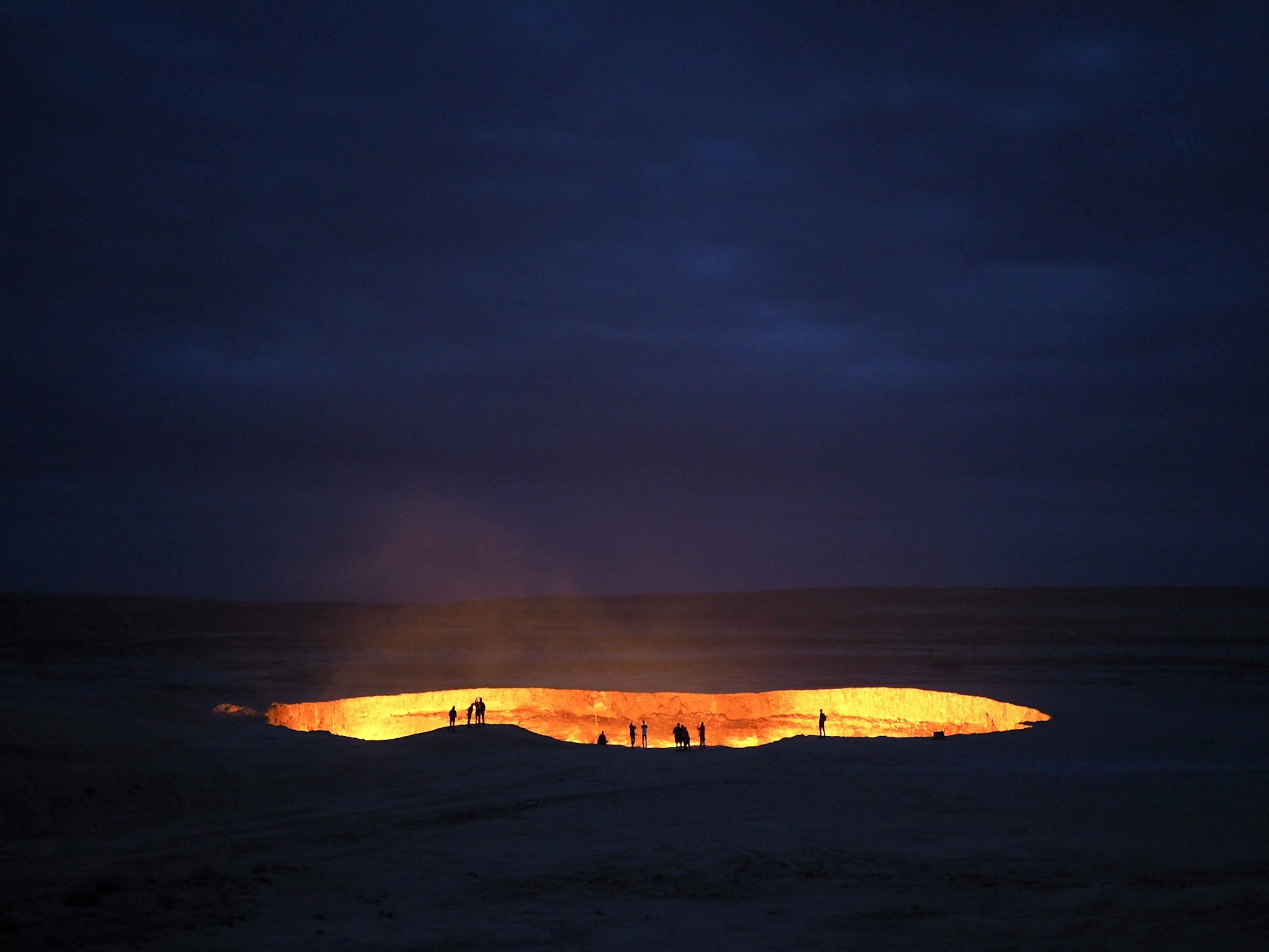 The eerie glow of Darvaza Crater, Turkmenistan