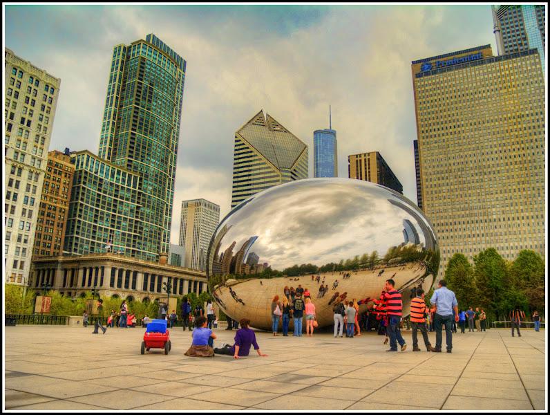 Photo: The Cloud Gate / Chicago Bean