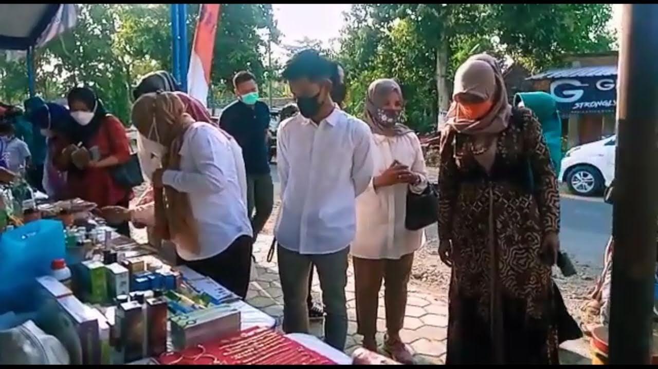 Pasar Ramadhan PKK Desa Bajang Mencintai dan Membeli Produk dari Desa Sendiri