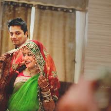 Wedding photographer Aniket Kanitkar (aniksk). Photo of 08.07.2014