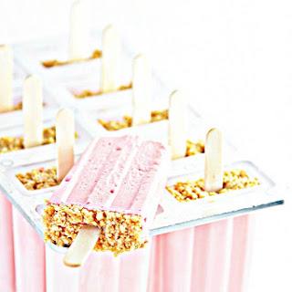 Strawberry Cheesecake Pops.