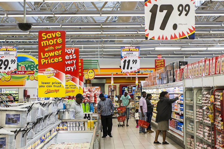 Shoprite is doubling its offering of the kind of high-end convenience foods Woolworths has built its reputation on. Picture: BLOOMBERG/WALDO SWIEGERS