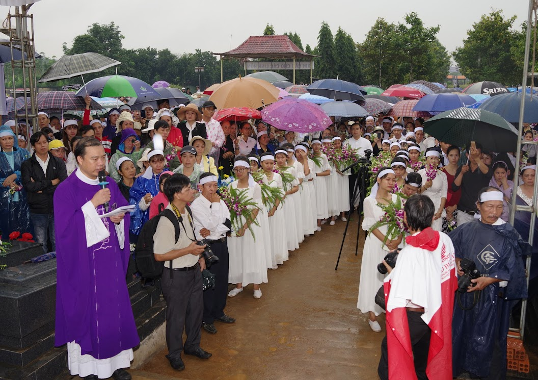 Thánh lễ an táng Cha Giuse Trần Ngọc Tâm - Chánh xứ Xuân Đức - Ảnh minh hoạ 58