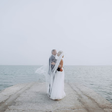 Wedding photographer Elizaveta Artemeva (liza1208). Photo of 04.01.2019