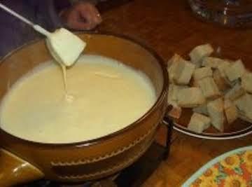 Garlic Cream Cheese Fondue