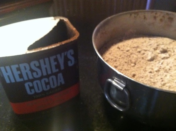 IN A MEDIUM SIZD BOWL COMBINE FLOUR, BAKN SODA, SALT N DARK CHOCOLATE COCOA...