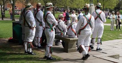Photo: WINCHESTER MORRIS MEN  http://www.winchester-morris-men.org.uk/