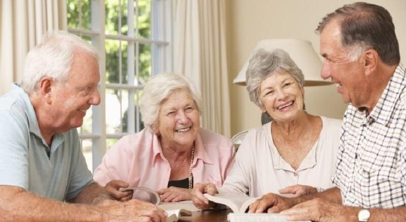 Người cao tuổi cần được bảo vệ sức khỏe tuyệt đối
