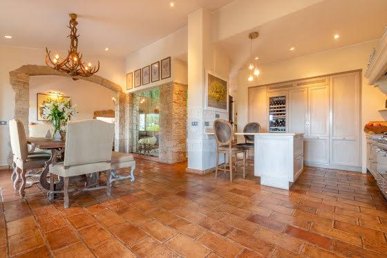 Vente villa 7 pièces 300 m2