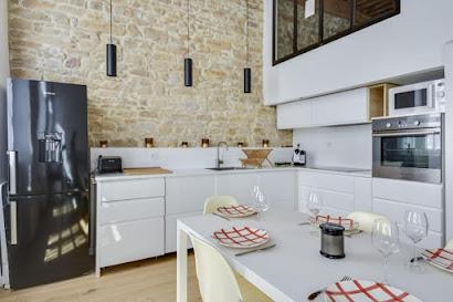 Rue de Flesselles Serviced Apartment
