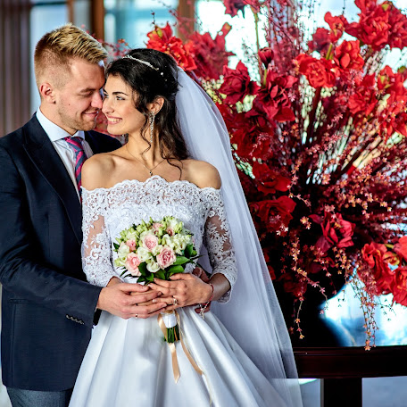 Wedding photographer Sergey Kapranov (photoKapranov). Photo of 06.12.2017