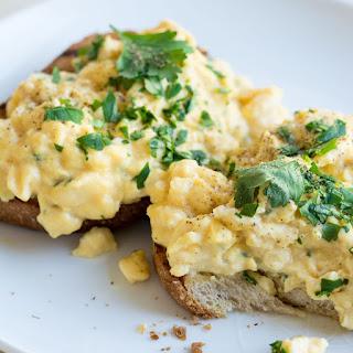 Garlic Scrambled Eggs Recipes.