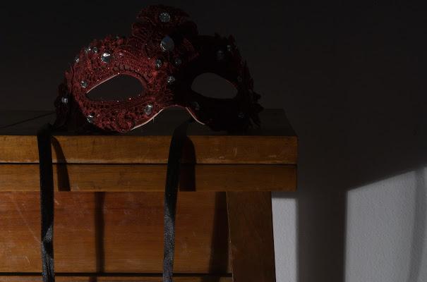 La maschera posata di -Os-