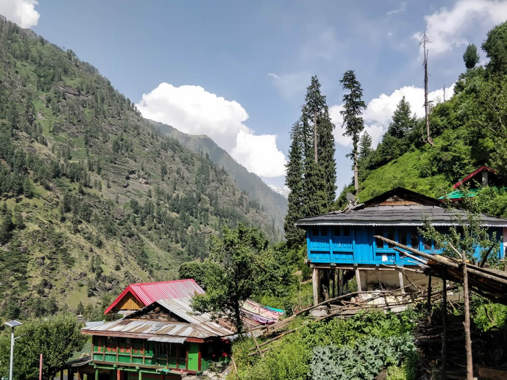 shilha+village+manikaran+parvati+valley+kullu+himachal+india