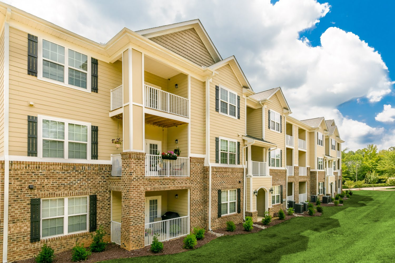Alexander Pointe Apartments Mebane