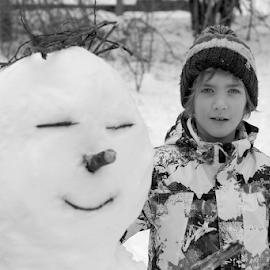 Sniješko by Dalibor Jud - Babies & Children Children Candids ( croatia, snowman, snijeg, hrvatska, vinodol, sniješko, snow, vinodolsko zaleđe, marcello, jud, winter, breze )