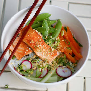Vietnamese Rice Noodles with Salmon or Salmon Bun.