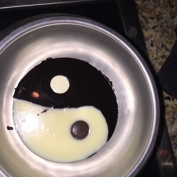 Yin yang chocolate fondue....they have a gluten free dipping plate with gf brownies, gf rice crispie
