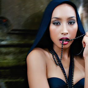 Jamae De Gollo - Gothic by Gian Mark Quidasol - People Portraits of Women