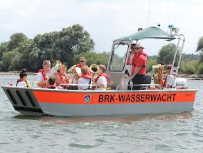 Photo: Die Jungmusiker des Musikverein Winkling sorgten für Stimmung auf dem Wasser