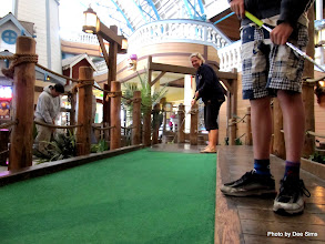 Photo: (Year 3) Day 25 - In the Mini Golf