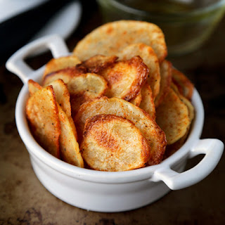 Baked Potato Chips With Paprika And Salt.