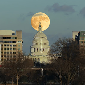 Supermoon over the US Capitol Building by Mike Lennett - Buildings & Architecture Public & Historical ( moon, building, washington dc, mike lennett, capitol, supermoon, potomac river )