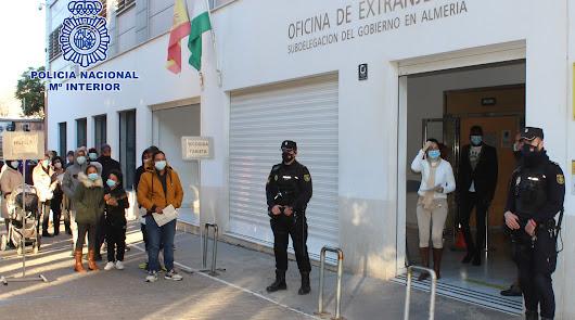 Se han expedido más de 32.000 tarjetas de residencia en Almería durante el 2020