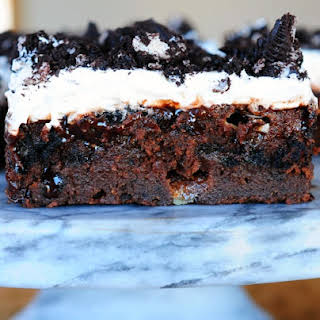 Oreo Cookie Fudge Cake Recipes.