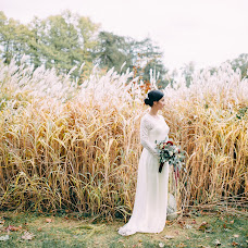 Wedding photographer Aleksandra Burdakova (burdakovaa). Photo of 20.11.2015