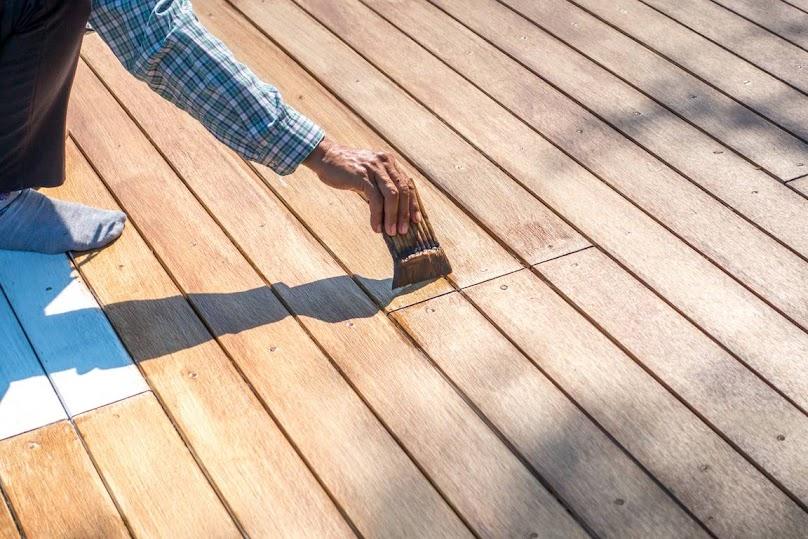 Odnawianie drewnianego tarasu - instrukcja