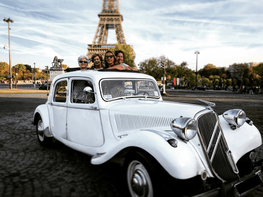 Visit Paris by day and night in vintage car