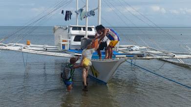 Photo: Afgang fra tyfonøen Ticao