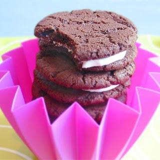 Chocolate Sandwich Cookies with Vanilla-Cream Filling