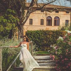 Wedding photographer Olga Angelucci (Olgangelucci). Photo of 25.04.2017