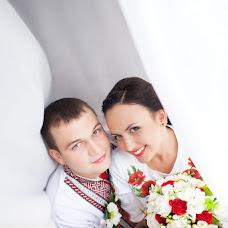 Wedding photographer Yuriy Maksimov (Maksymiv). Photo of 30.05.2013