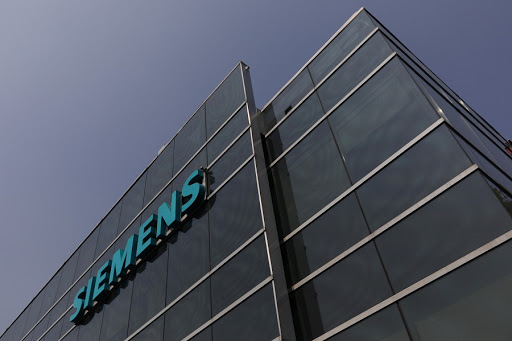 Siemens reaches agreement with unions to cut jobs and restructure