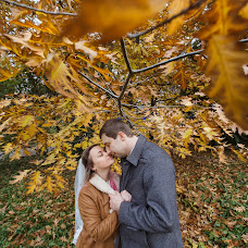 Wedding photographer Mikhail Kholodkov (mikholodkov). Photo of 26.10.2017